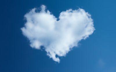 Láska, design, oblaka – Sedmička na víkend